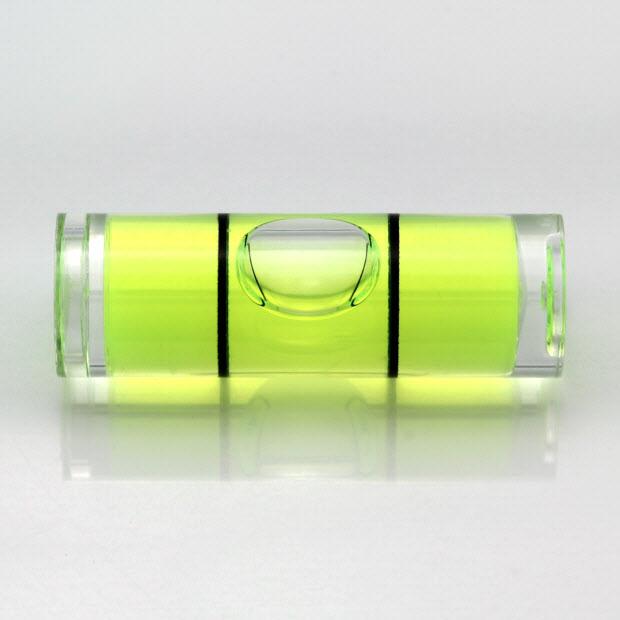 CY30 – Plastic cylindrical vial, 30x10mm, green liquid