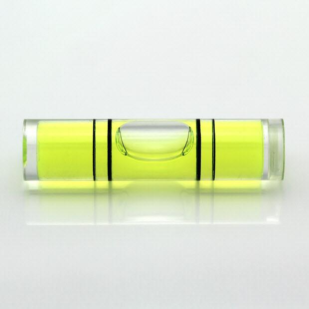 CY40 – Plastic vial, 39.6xØ9.5mm, 4 lines, green liquid