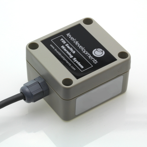 ELS-DR-5-0.5-1 – Single axis dual relay tilt switch, adjustable range ±1.8° to ±4.8°,  0.5Hz Filter.