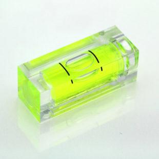 SC32 – Plastic sq. section vial, 32x12x12mm, green liquid