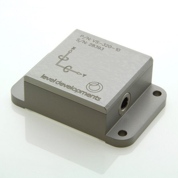 VS-05-C-1-3 – Inclinometer, 2 axis, ±5°, RS232 & 0-5V out, M9 connector